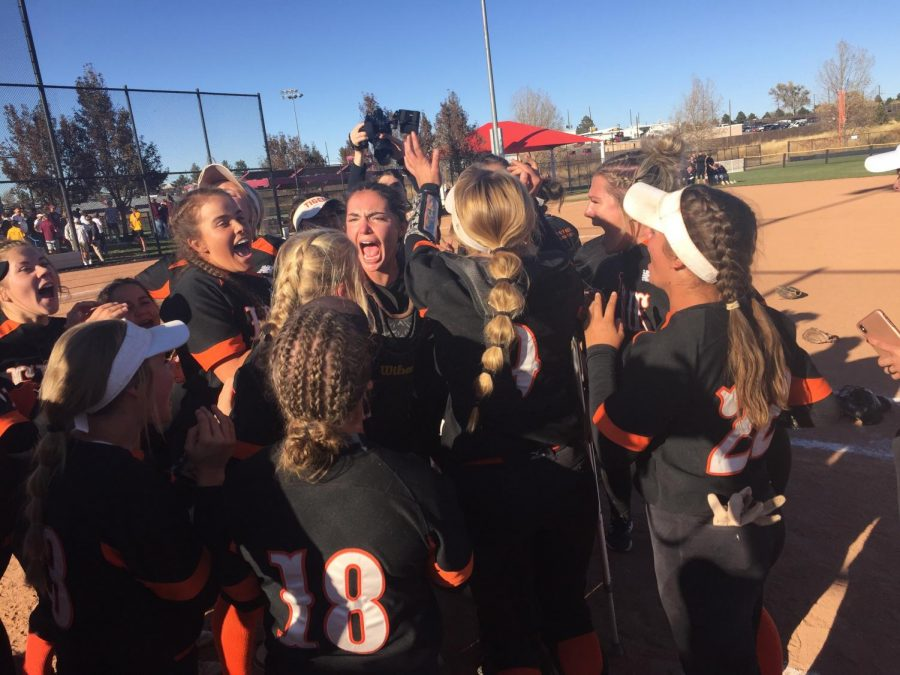 Kat+Sackett+%28center%29+screams+with+jubilation+as+the+Tigers+celebrate