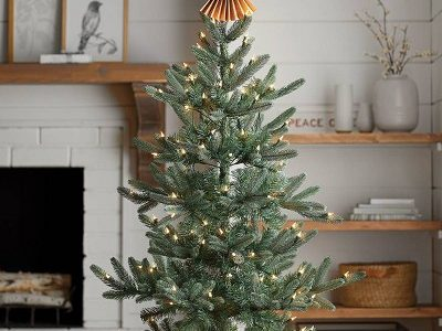Safety Tips for Christmas Decorating